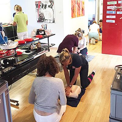 Foto Praxisausbildung in BLS (Basic Life Support)